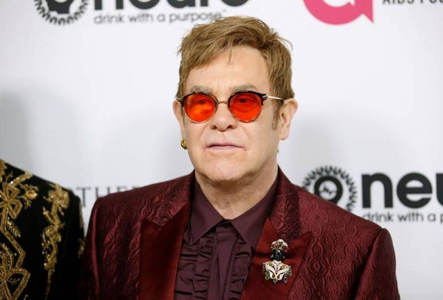 Encabezará concierto benéfico desde casa el cantante Elton John