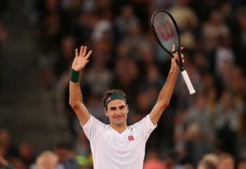 Federer dona un millón de francos suizos en medio de la pandemia