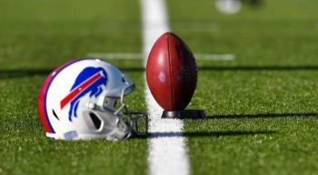 NFL ordena cerrar instalaciones de los 32 equipos