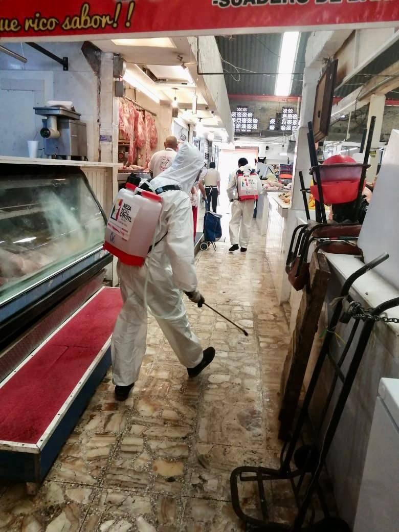 Inician sanitización permanente en espacios públicos y mercados de Nezahualcóyotl