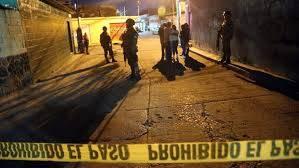 Video: Presuntos integrantes del CJNG se burlan de narcocampamento de Familia Michoacana