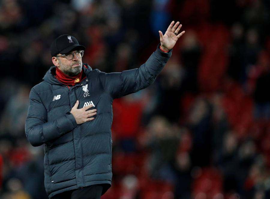 "Klopp llora al ver vídeo de médicos cantando el ""You'll Never Walk Alone"""