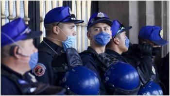 Tres policías de la CDMX aislados por probable Covid-19