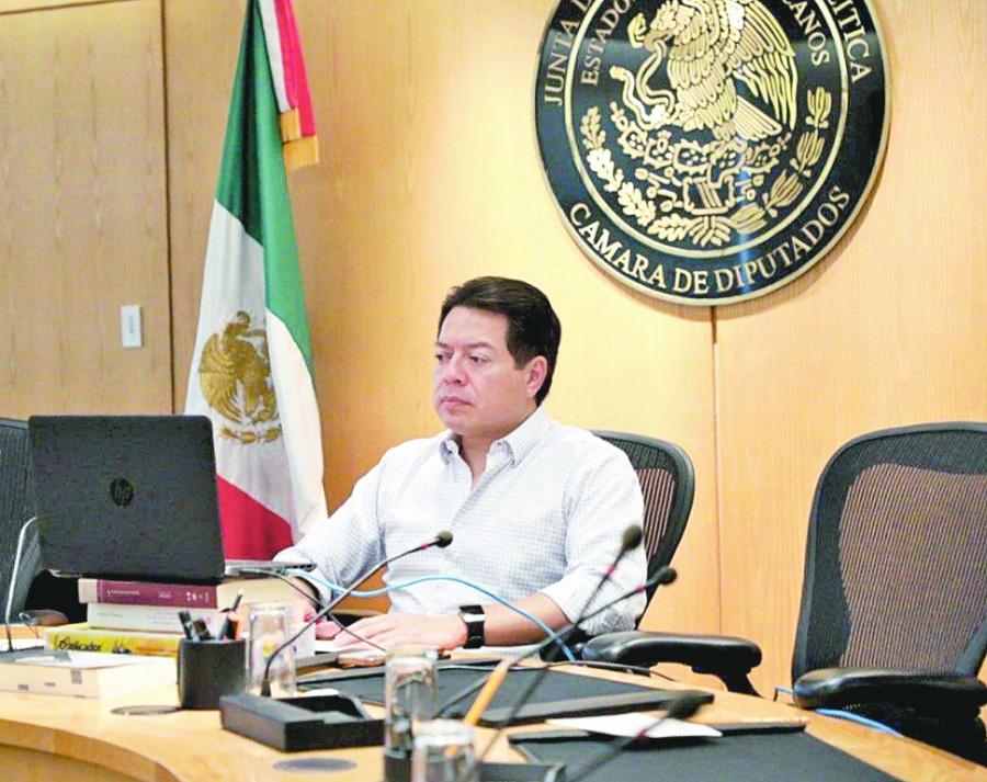 Delgado pide a familias quedarse en casa un mes