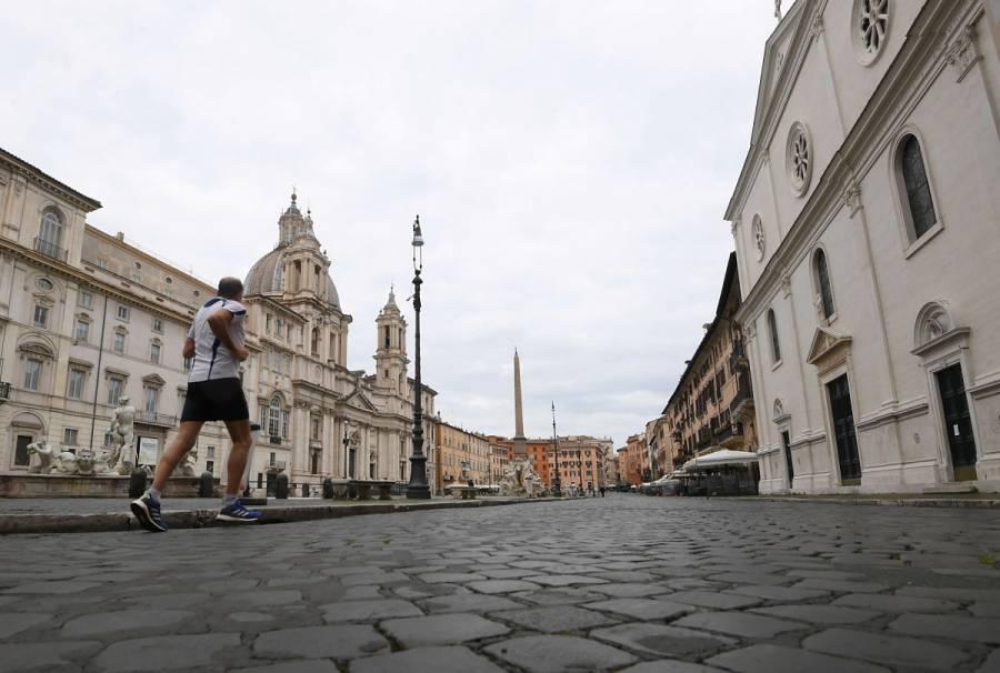 En diez días podrían bajar casos de coronavirus en Italia