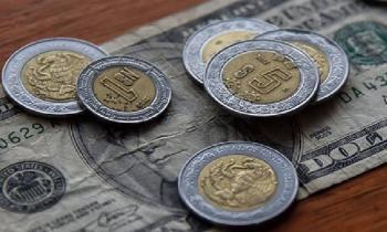 Peso mexicano cae por temores de profunda recesión