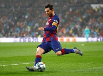 Messi encabeza baja salarial del 70% en el Barcelona