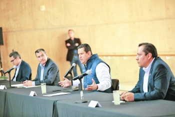 Sinhue lanza programas de impulso económico