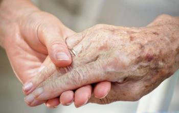 Mujer de 101 años se recupera tras contraer coronavirus