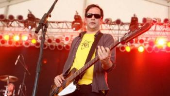 Fallece el músico estadunidense Adam Schlesinger