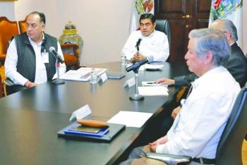 Barbosa llama a no limitar libertades de poblanos