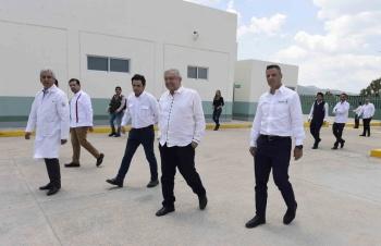 AMLO afirma que México saldrá pronto de crisis sanitaria