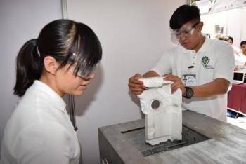 Estudiantes del IPN crean máquina para transformar unicel en pegamento