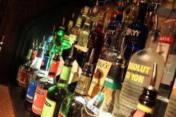 Campeche prohibe alcohol durante la contingencia por el Covid-19