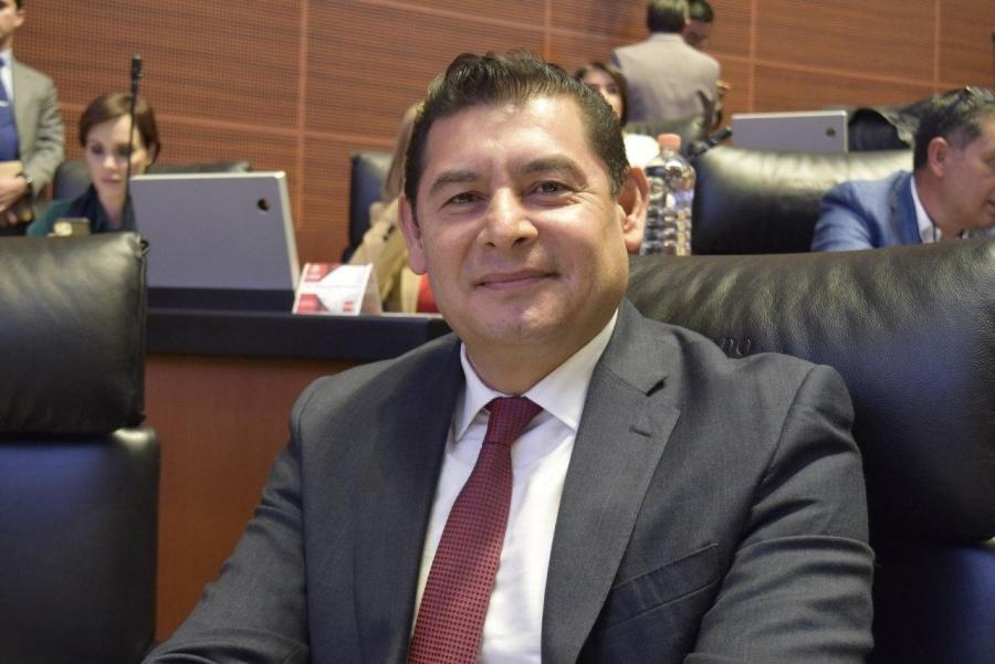 Senador de Morena pide plan de apoyo a empresas