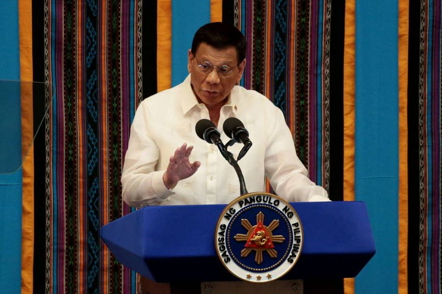 Presidente de Filipinas ordena matar a los que violen cuarentena