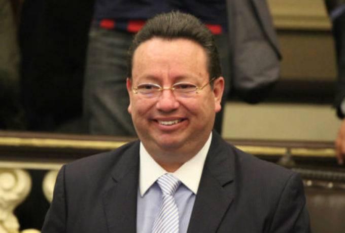 Eukid Castañón da negativo en prueba de coronavirus