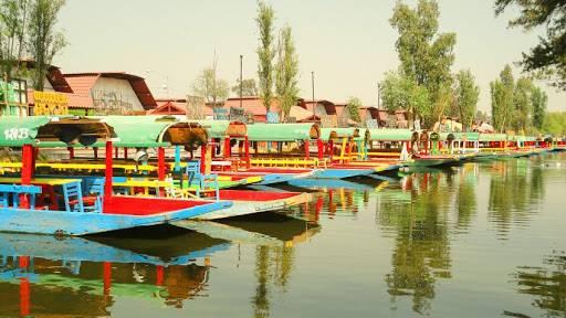 Cierran embarcaderos en Xochimilco por coronavirus