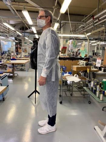 Armani fabrica batas desechables para médicos ante contingencia sanitaria