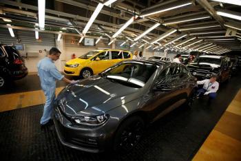 Venta de autos en el país se desploma en marzo: Inegi