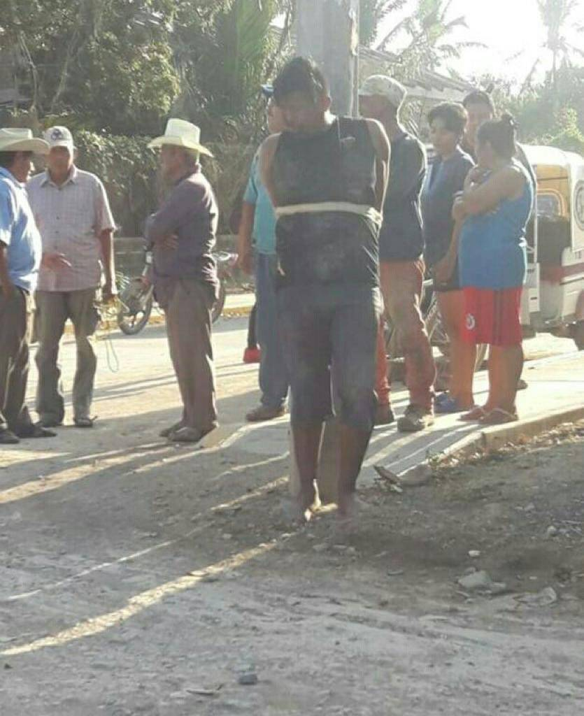 Pobladores linchan a presunto asaltante en Juchitán, Oaxaca