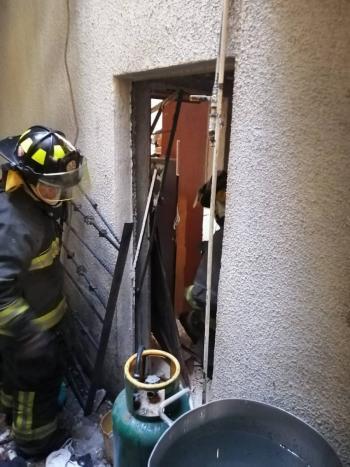 Reportan fuerte explosión dentro de vivienda en la GAM