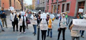 Protestan trabajadores del Inegi por despidos a causa del coronavirus