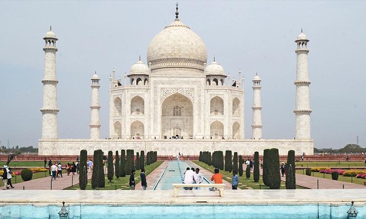 Embajada ayuda a 4 estudiantes varados en India