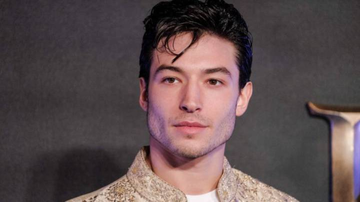 Video: Ezra Miller ¿atacó a una fan?