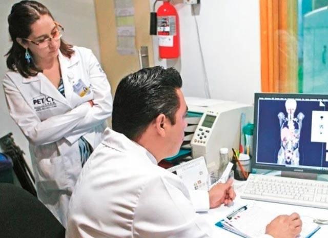 Decide UNAM retirar a internos de hospitales durante emergencia sanitaria
