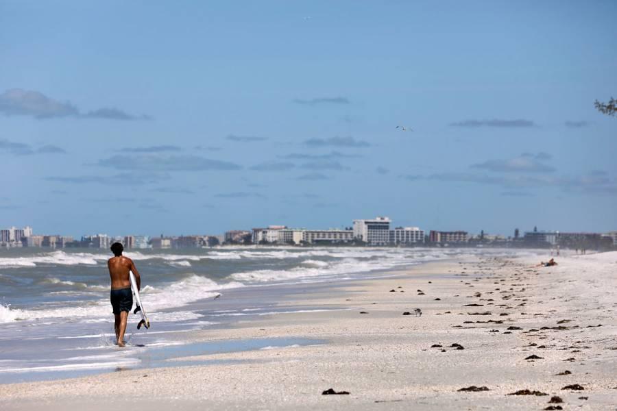 Georgia abre playas pese a estado de alerta por coronavirus
