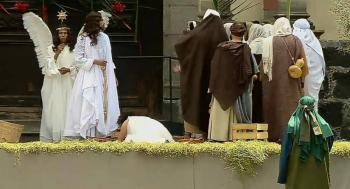 Transmiten Domingo de Ramos en redes sociales