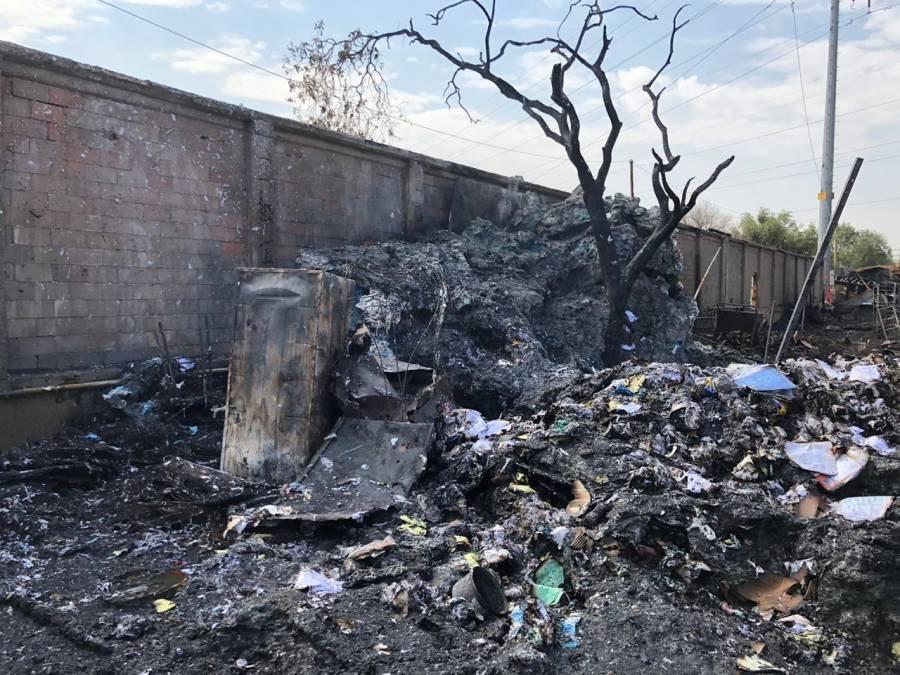 Fallecen dos niños por incendio en Central de Abasto en CDMX