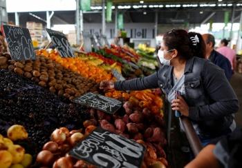 Martes blanco: inflación baja, peso y Bolsa ganan