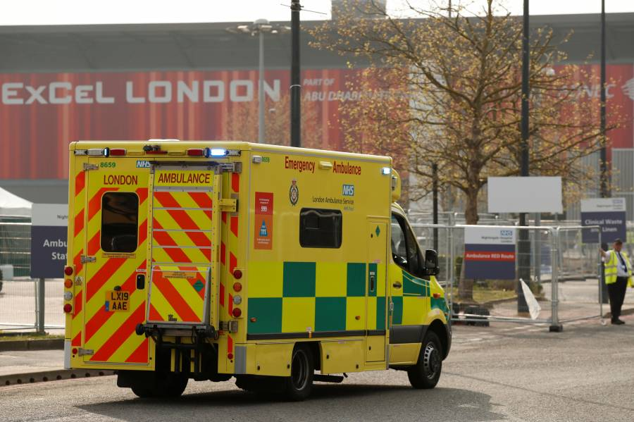 Reino Unido reporta 938 fallecidos en las últimas 24 horas