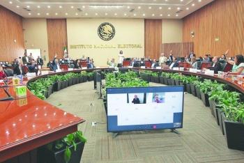 Partidos podrán renunciar a recursos en mayo: INE