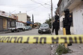 Asesina a su hijastra de cinco años y huye de Nuevo León