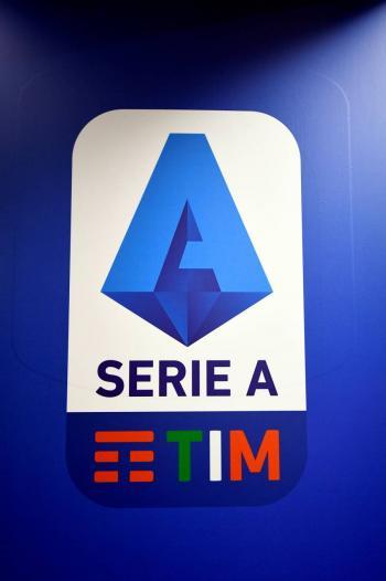 Federación italiana definirá pautas médicas para el reinicio de la Serie A