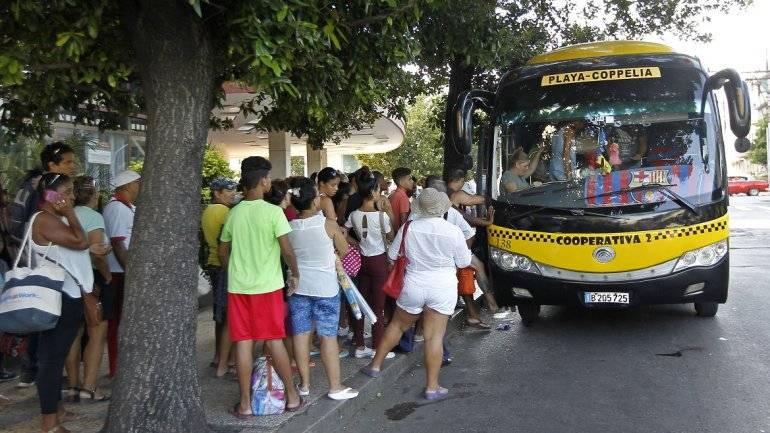Cuba decide paralizar el transporte público por Covid-16
