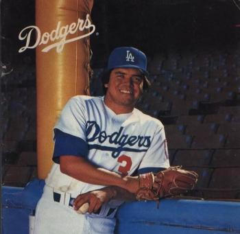 """""""El Toro"""" Valenzuela hizo su debut, un día como hoy, con los Dodgers"""