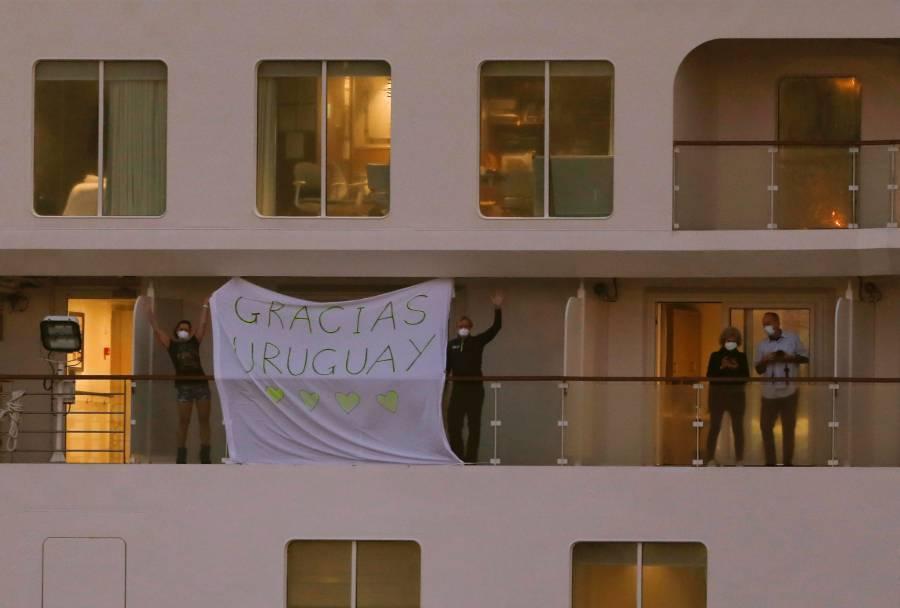 Uruguay inicia repatriación de pasajeros de un crucero afectado por Covid-19