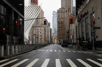 Conmociona fosa común neoyorquina para víctimas de coronavirus