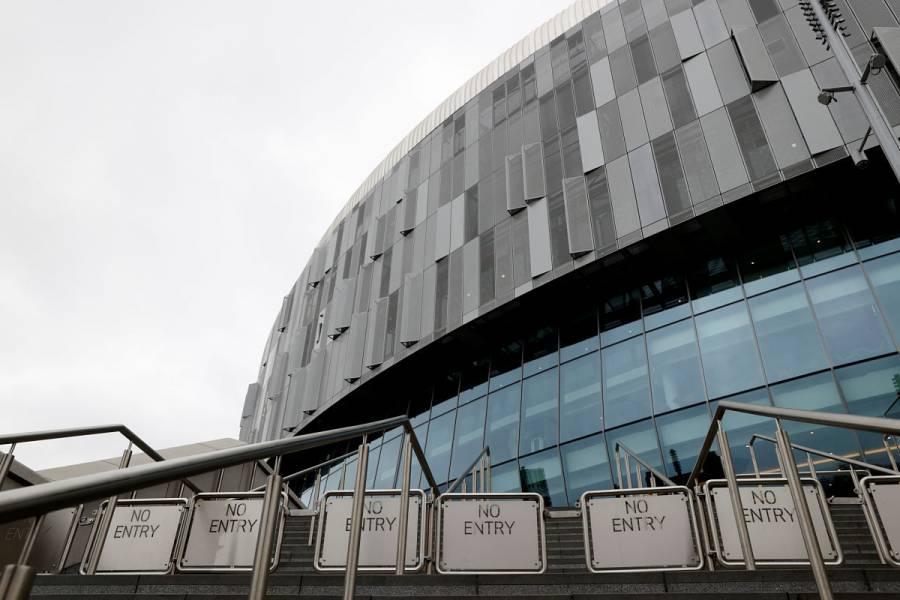 Tottenham se arrepiente y pagará salario íntegro a todo su personal