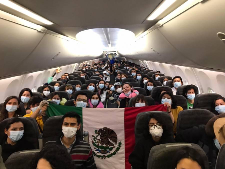Hasta ahora van casi 10 mil mexicanos repatriados por coronavirus