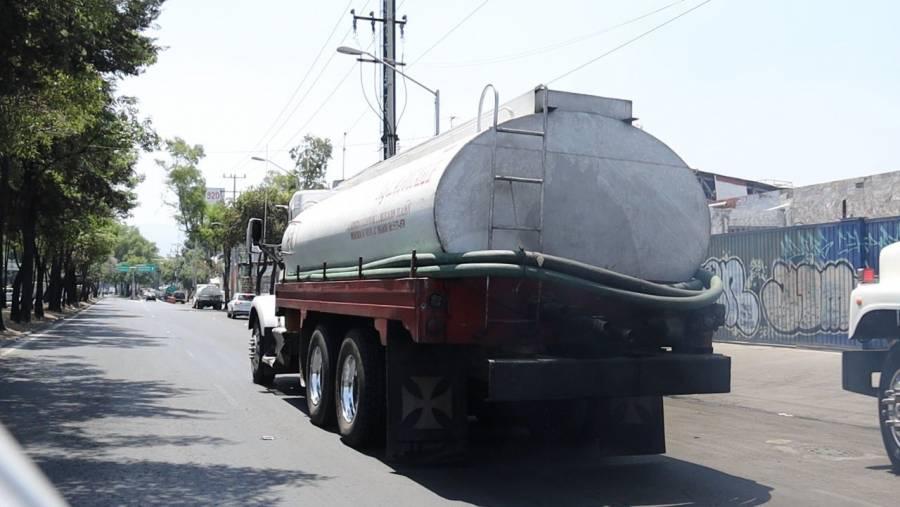 Profeco investiga posibles abusos por en el precio de pipas de agua por Covid-19