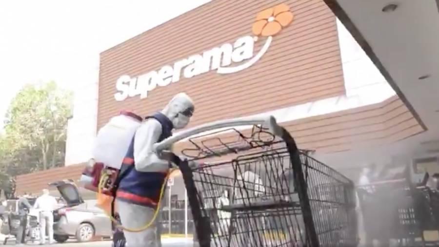 BJ sanitiza supermercado visitado por youtuber con Covid-19