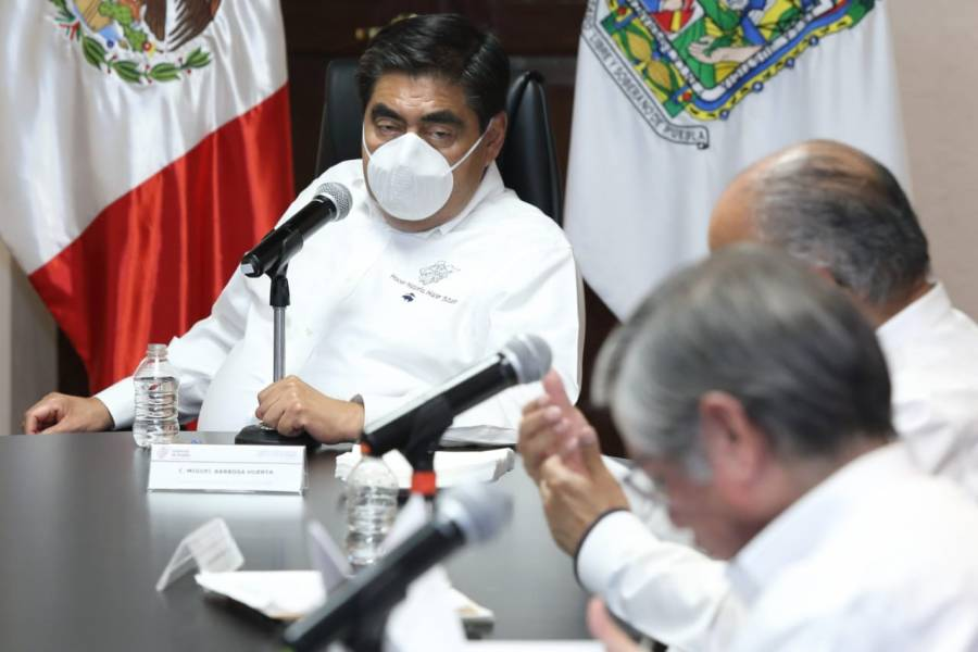 Pide gobernador de Puebla a municipios limpiar vía pública de ambulantes
