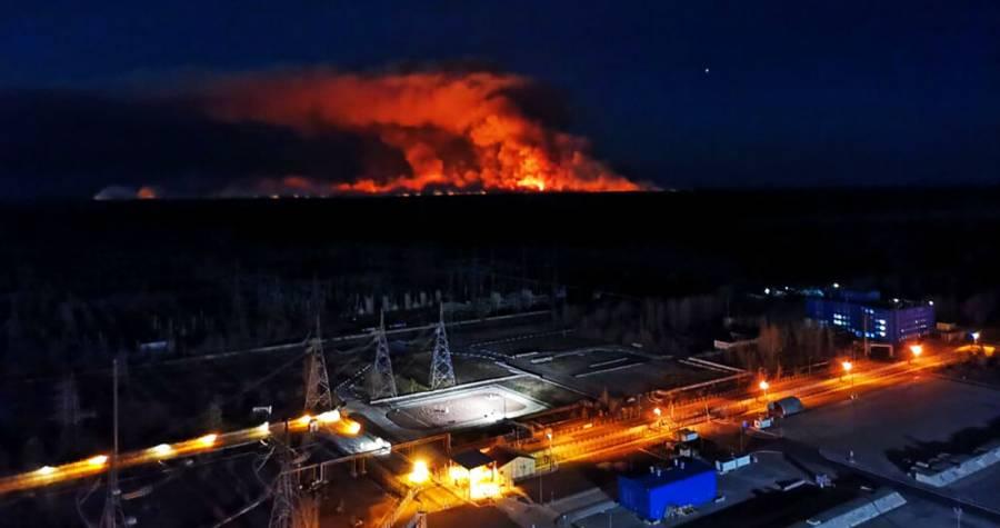 Logran apagar incendio en Chernóbil, no hay daños en planta nuclear