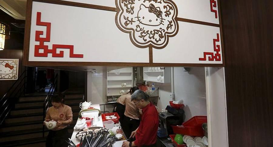 Por aire acondicionado en restaurante, tres familias chinas se contagiaron de Covid-19