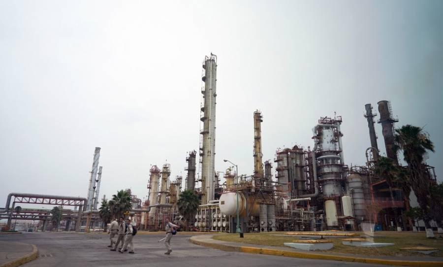 Alistan aumento en capacidad de producción de refinerías